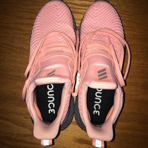 Adidas alpha bounce shoes